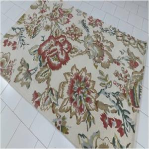 Hand Tufted Carpets Stock